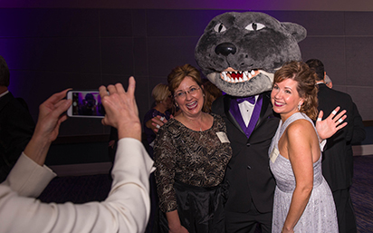 Photo with Willie Wildcat